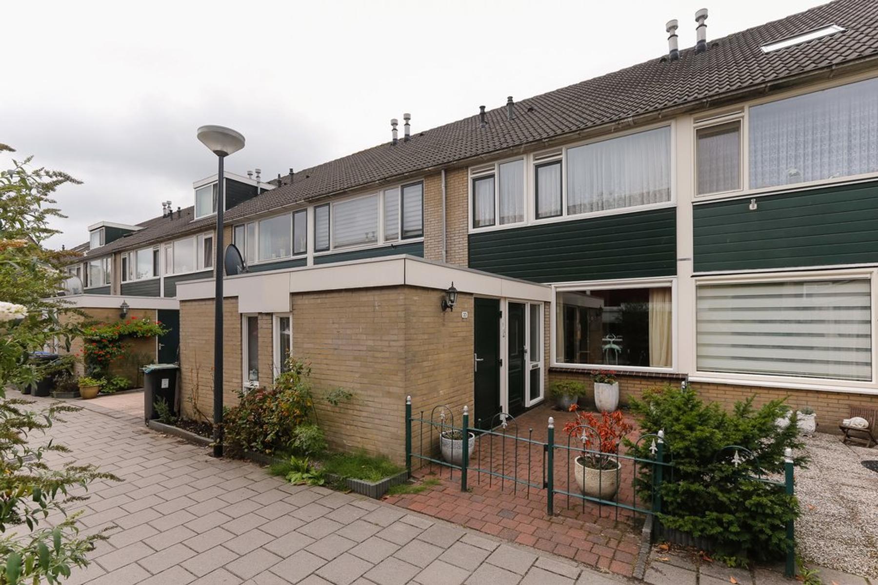 Arnoldipad 33 in Schiedam 3123 NA