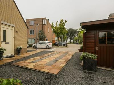Saffraanveld 24 in Schiedam 3124 VJ