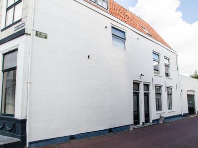 Sint Domusstraat 1 in Zierikzee 4301 CM