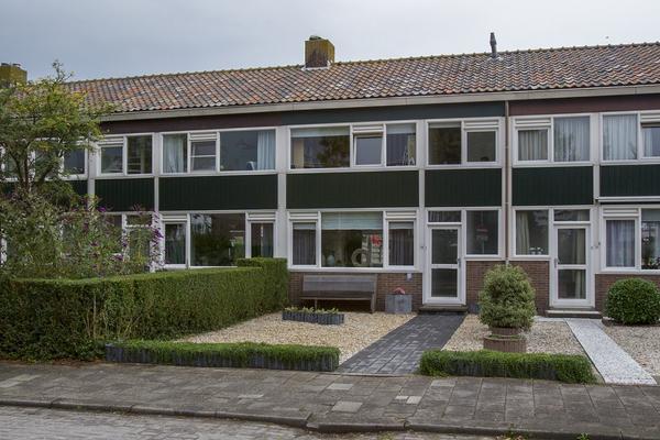 Prins Bernhardstraat 34 in Ridderkerk 2983 SM