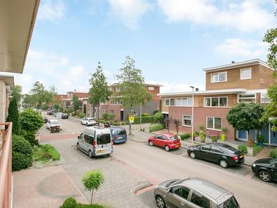 Zuiderkeerkring 395 in Alphen Aan Den Rijn 2408 HT
