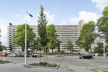 Burgemeester Hogguerstraat 345 in Amsterdam 1064 CR