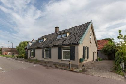 Waalseweg 66 /68 in Tull En 'T Waal 3999 NT