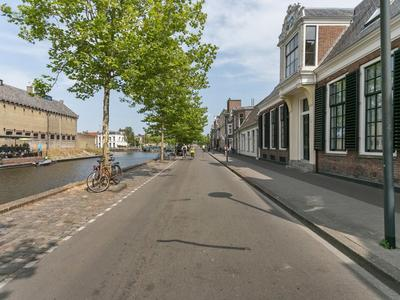 Zuidergrachtswal 14 in Leeuwarden 8933 AD