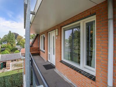 Dorpsstraat 32 in Bathmen 7437 AJ