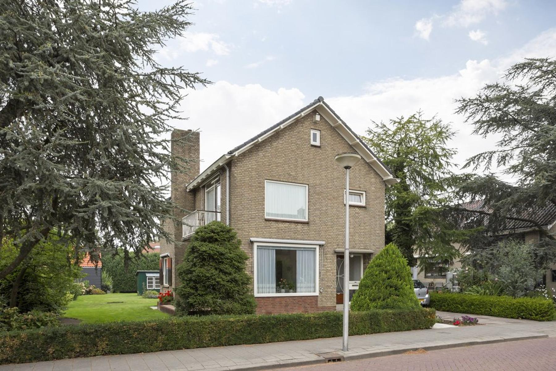 Rembrandtlaan 64 in Stolwijk 2821 VL