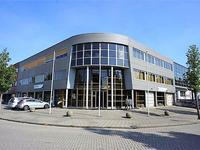 Zadelmakerstraat 78 in Velserbroek 1991 JE