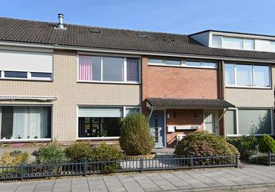 De Ruijterstraat 19 in Son En Breugel 5694 SH