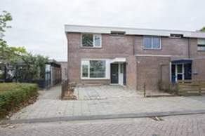 Schiedamstraat 1 in Almere 1324 TN