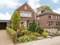 Van Zuijlen Van Nieveltlaan 8 in Barneveld 3771 AC