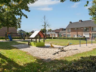 Willem Van Oranjelaan 28 in Bladel 5531 HH