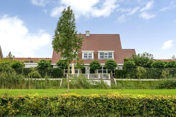 Gavotte 11 in Nieuw-Vennep 2152 TW