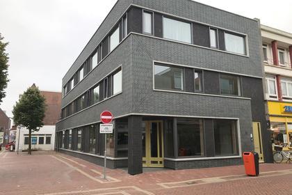 Spoorstraat 48 in Den Helder 1781 JH