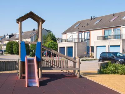 Brahmsstraat 72 in Capelle Aan Den IJssel 2901 JD