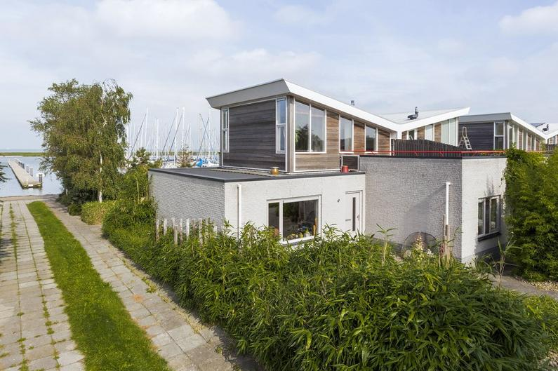 Te koop twee-onder-een-kap Oostvaardersdiep 14 Almere naast De Blocq van Kuffeler