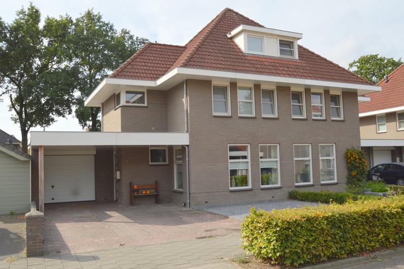 Leon Van Kelpenaarstraat 5 in Deurne 5751 PP