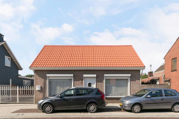 Dorpsstraat 25 in St. Willebrord 4711 ND
