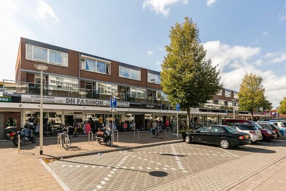 Zonneplein 27 in Bergen Op Zoom 4624 BD