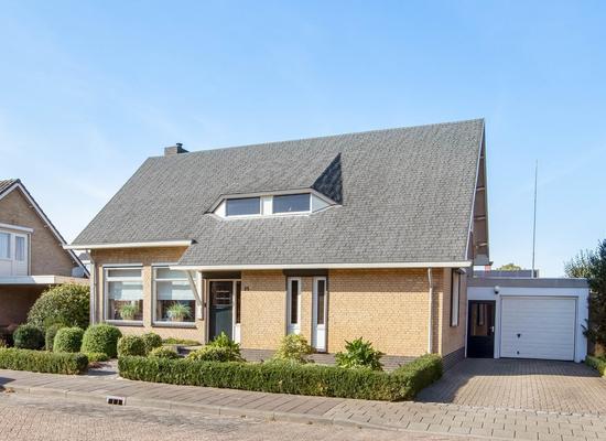 Meidoornstraat 14 in Venhorst 5428 GK