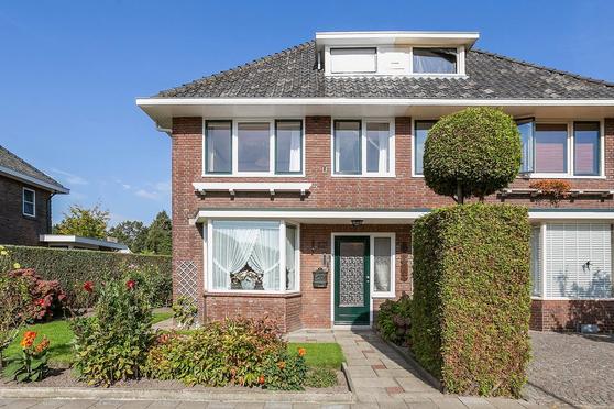 Minkmaatstraat 227 in Enschede 7531 AZ