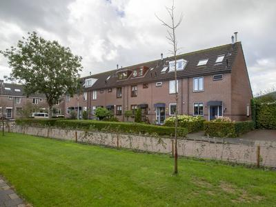 Sportlaan 10 in Ouderkerk Aan Den IJssel 2935 XX