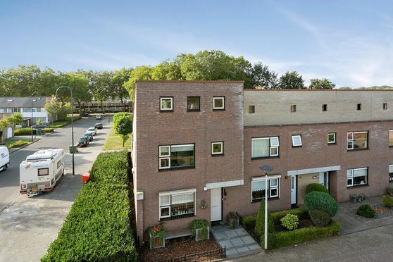 Hoboplein 16 in Helmond 5702 TZ
