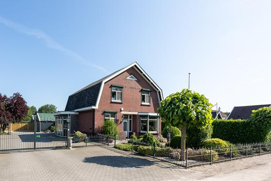 Langestraat 250 in Delden 7491 AN