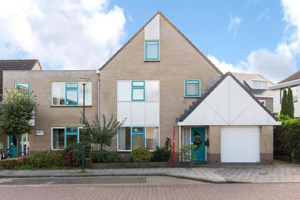 Emmalaan 4 in Veenendaal 3905 GR
