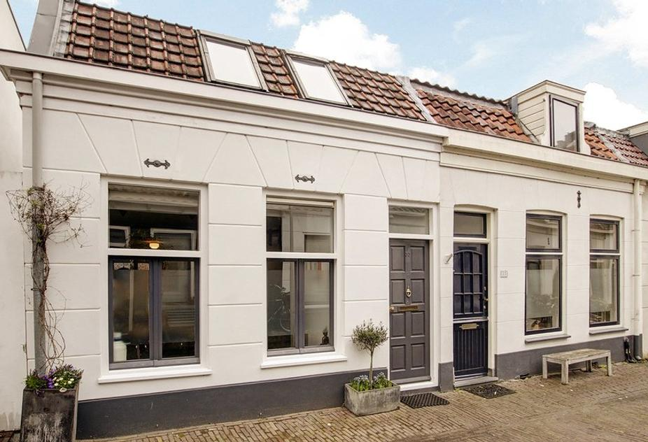 Linnaeusdwarsstraat 33 in Amsterdam 1098 AZ