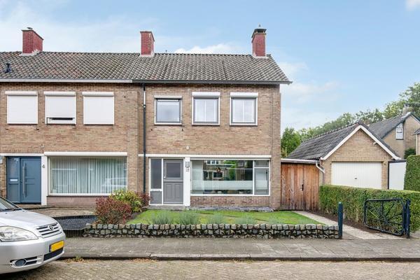 Klaverveld 2 in Prinsenbeek 4841 RL