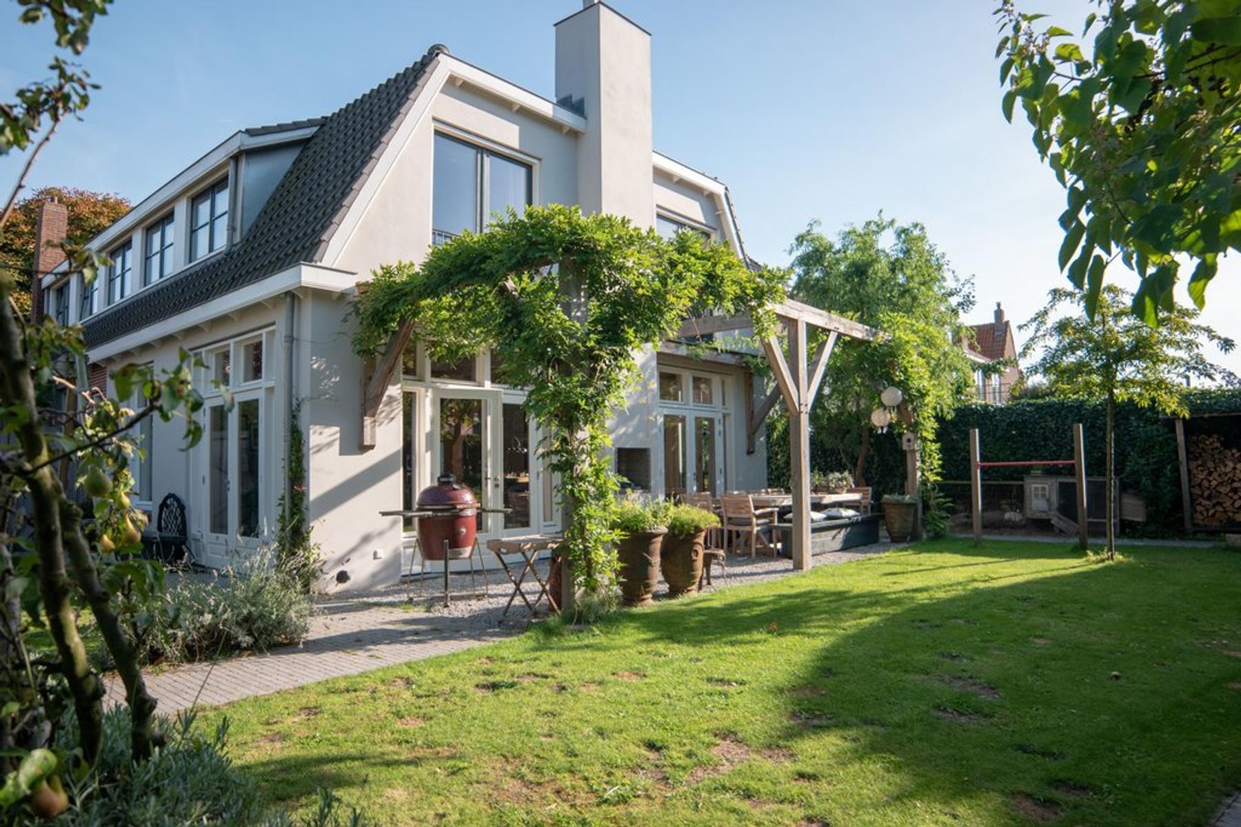 Oostdorperweg 119 in Wassenaar 2242 NH