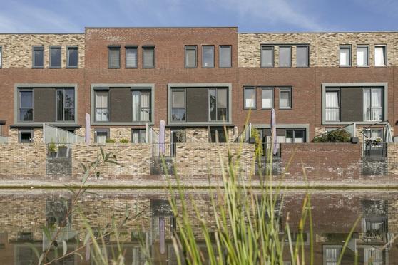 Rudolf Van Diepholtstraat 208 in Deventer 7415 XZ