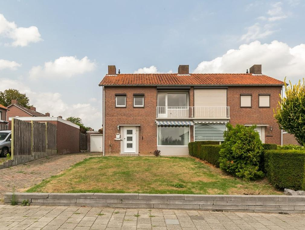 Schepenstraat 50 in Brunssum 6441 EE
