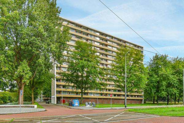 Langswater 453 in Amsterdam 1069 ED