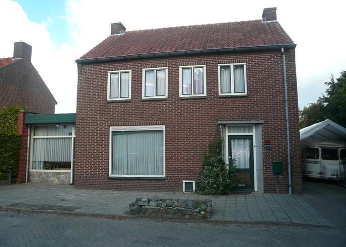 Schoolstraat 25 in Hooge Mierde 5095 AN