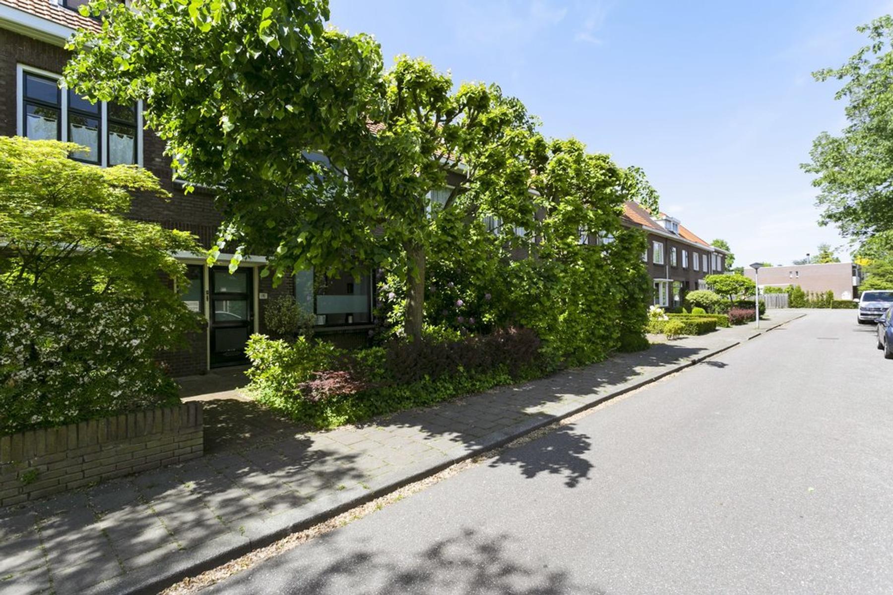 Frederik Hendrikstraat 13 in Waalre 5583 CL