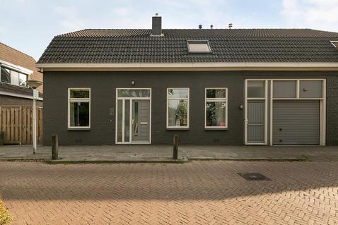 Stationsweg 7 in Koekange 7958 RX