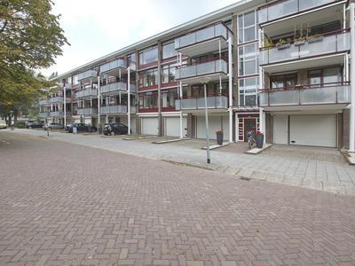 Gijsbrecht Van Amstelstraat 14 in Vlaardingen 3132 VG