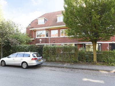 Middelweg 8 in Wassenaar 2242 BM