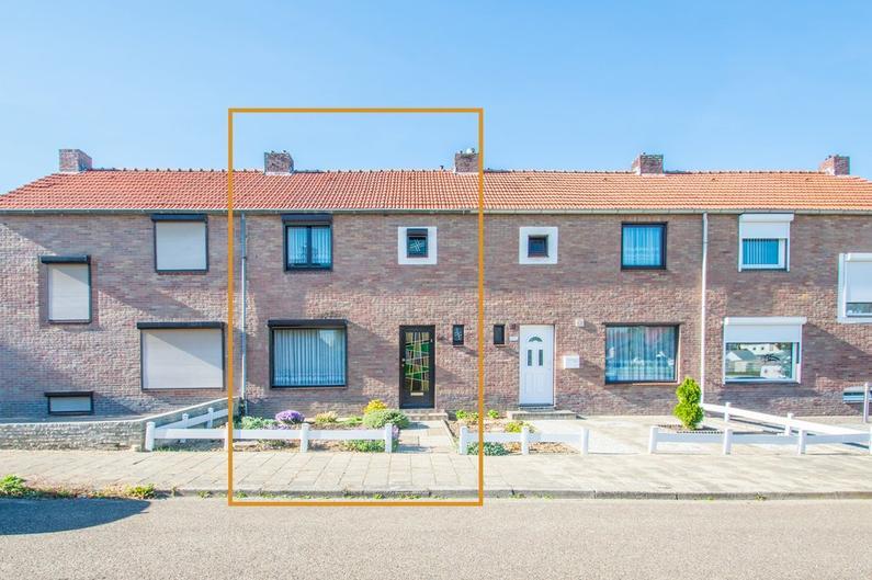 Bernhardstraat 14 in Hoensbroek 6433 HL