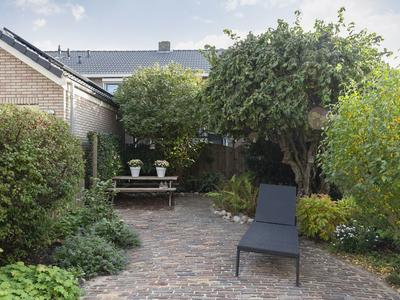 Irenestraat 30 in Lekkerkerk 2941 XG