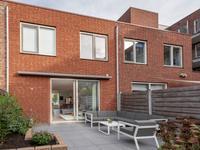 Lange Vijfmatlaan 68 in Haarlem 2035 LG