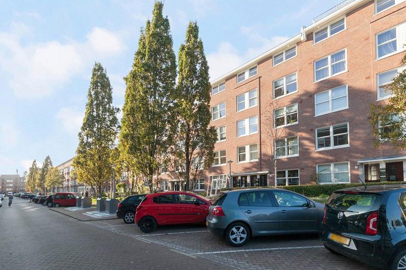 Bloys Van Treslongstraat 14 4 in Amsterdam 1056 XA