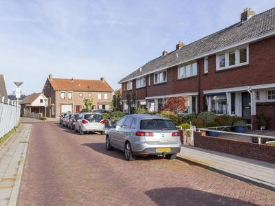 Sportlaan 14 in IJsselmuiden 8271 BC