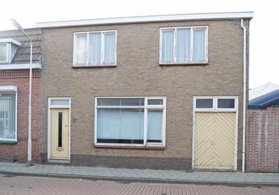 Schulpenpad 16 in Sas Van Gent 4551 EG