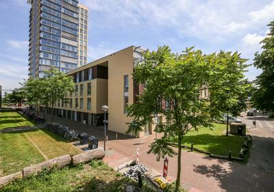 Bellevuelaan 73 in Haarlem 2012 BX