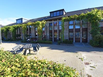 Fonteinkruid 11 in Alphen Aan Den Rijn 2408 LC