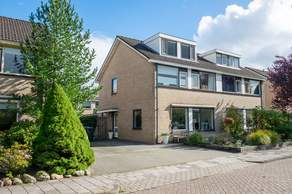Eikenlaan 57 in Peize 9321 GC