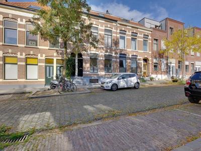 St. Janskerkstraat 15 in Arnhem 6822 EH
