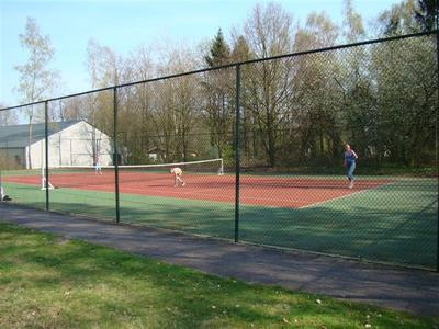 6 hunzebergen impressie tennis